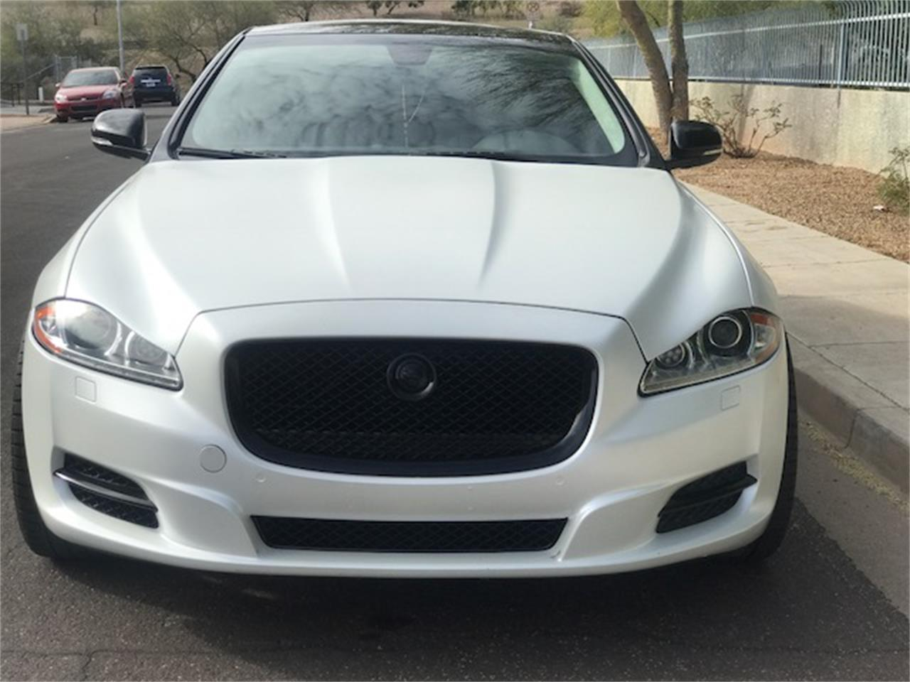 Large Picture of 2011 XJL Supercharged located in Scottsdale Arizona Auction Vehicle Offered by Russo and Steele - MOE8