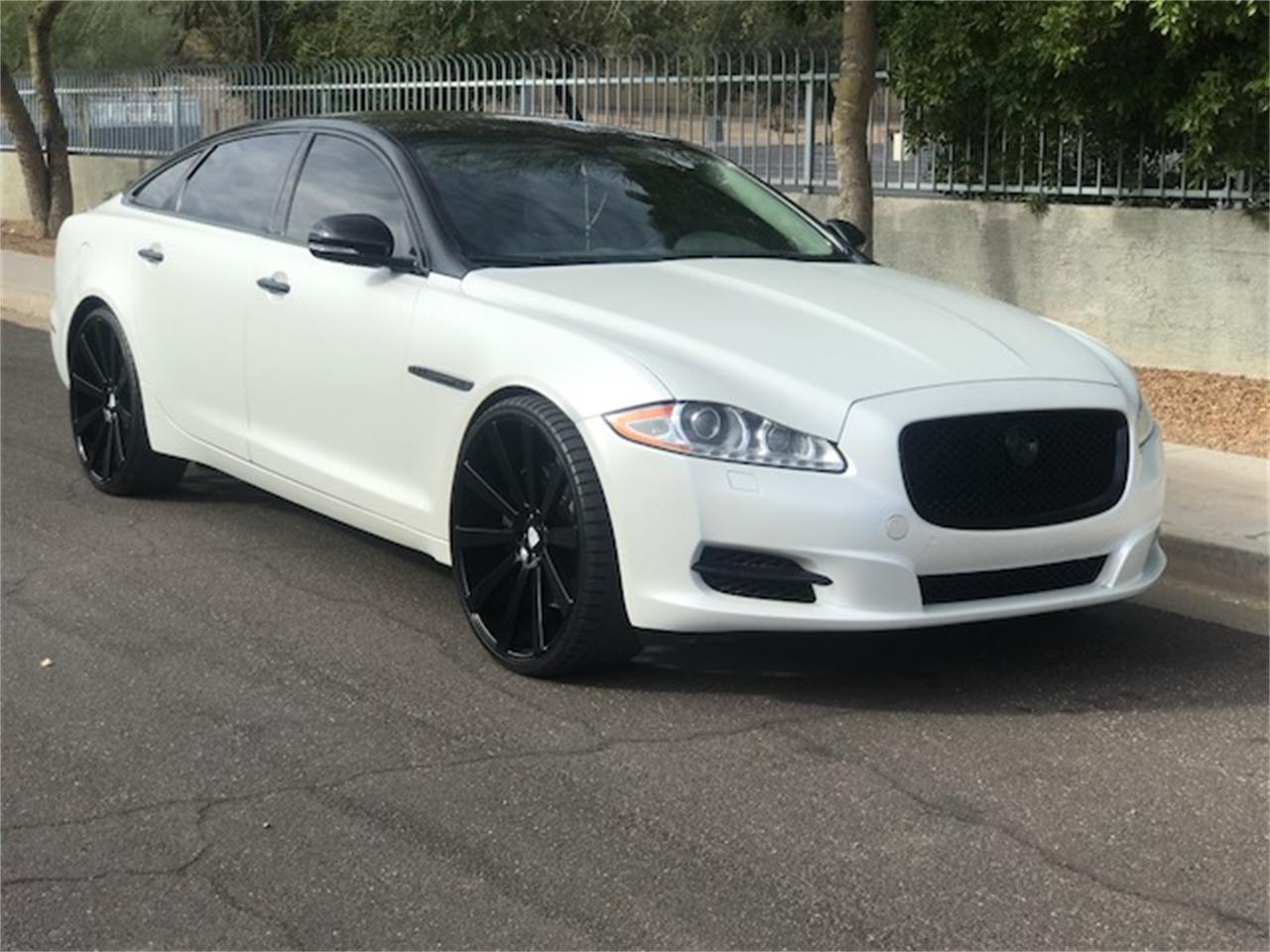 Large Picture of 2011 XJL Supercharged Auction Vehicle - MOE8