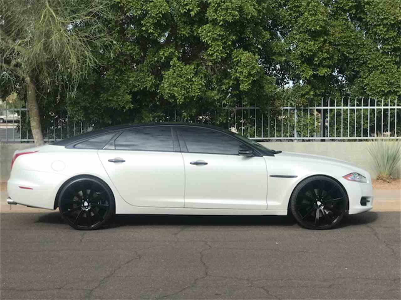 Large Picture of '11 XJL Supercharged - MOE8