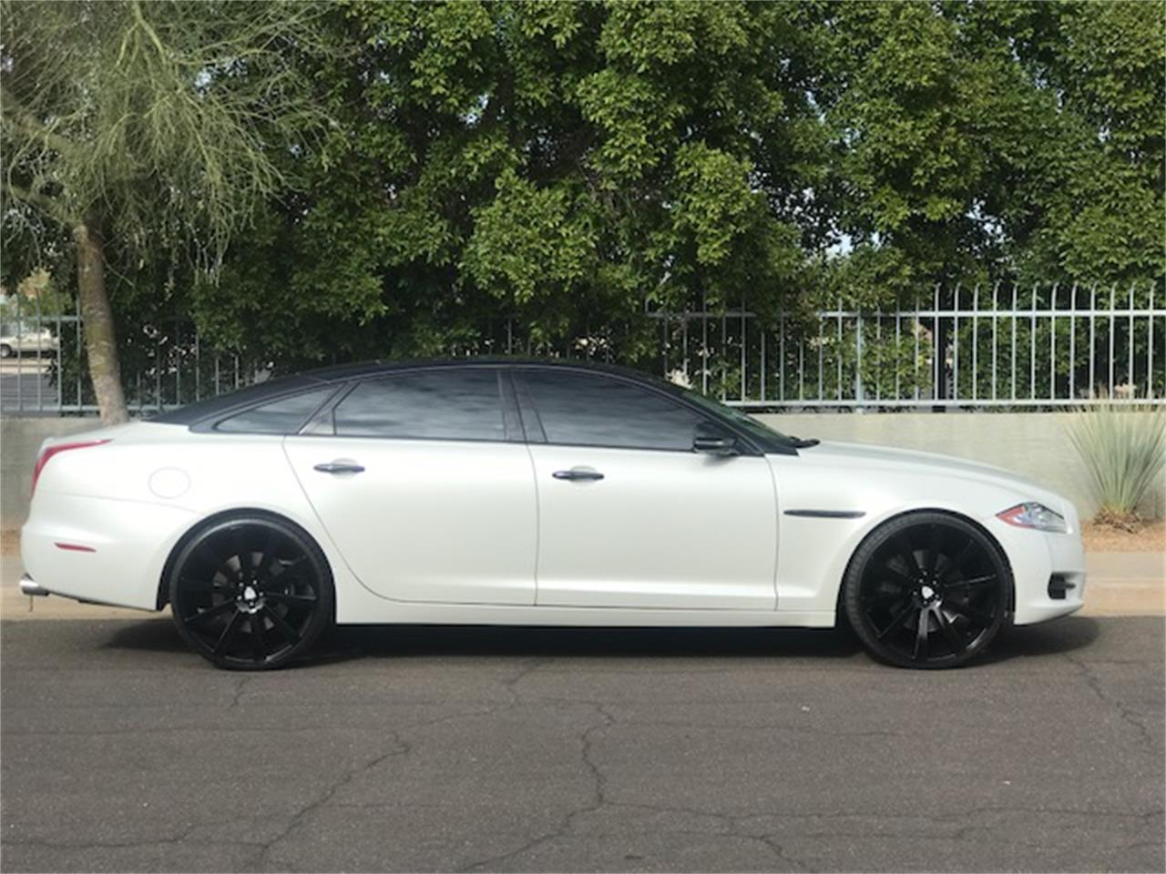 Large Picture of 2011 XJL Supercharged located in Arizona Auction Vehicle - MOE8