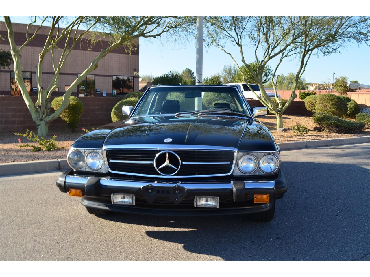 Large Picture of '89 560SL located in Scottsdale Arizona - MOEB