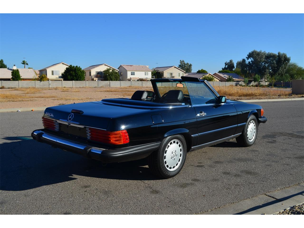 Large Picture of '89 560SL located in Arizona - MOEB
