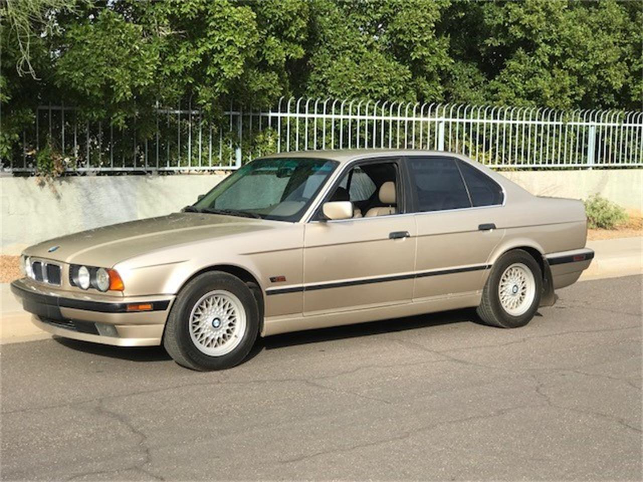 Large Picture of 1995 525i Offered by Russo and Steele - MOED