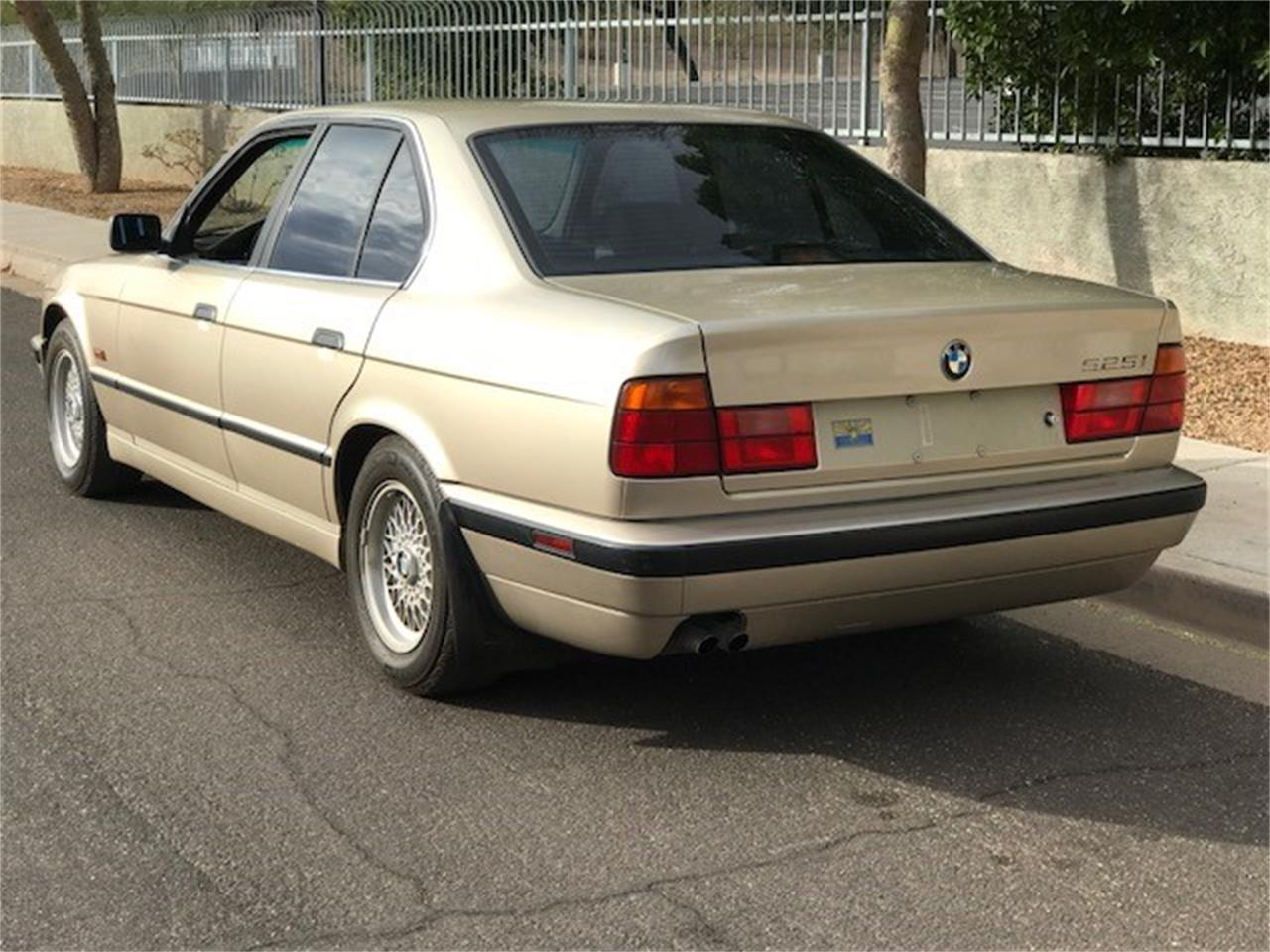 Large Picture of '95 BMW 525i located in Scottsdale Arizona Offered by Russo and Steele - MOED
