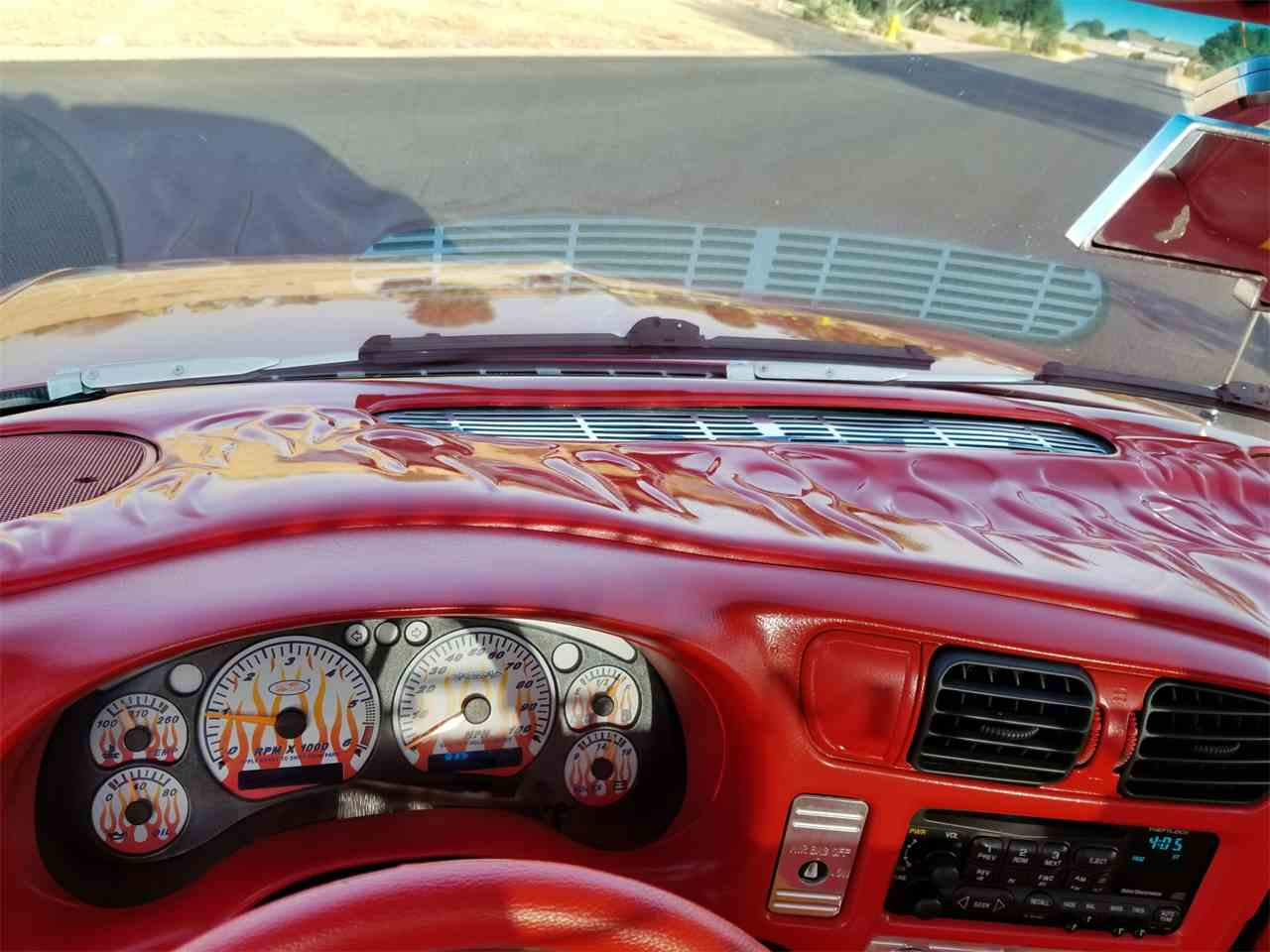 Large Picture of '02 S10 Custom Truck - MOEF