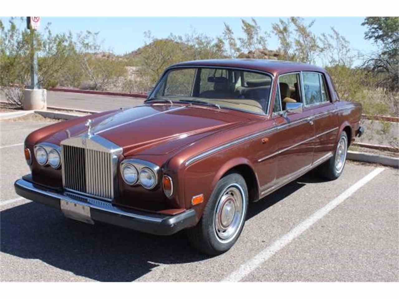 Large Picture of '77 Silver Shadow located in Arizona Offered by Russo and Steele - MOEM