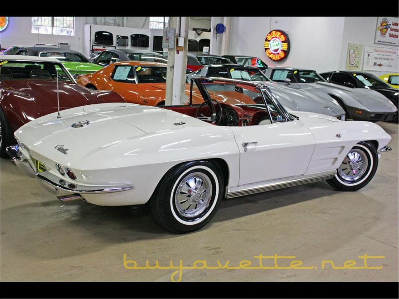 Large Picture of '64 Corvette - MOZF