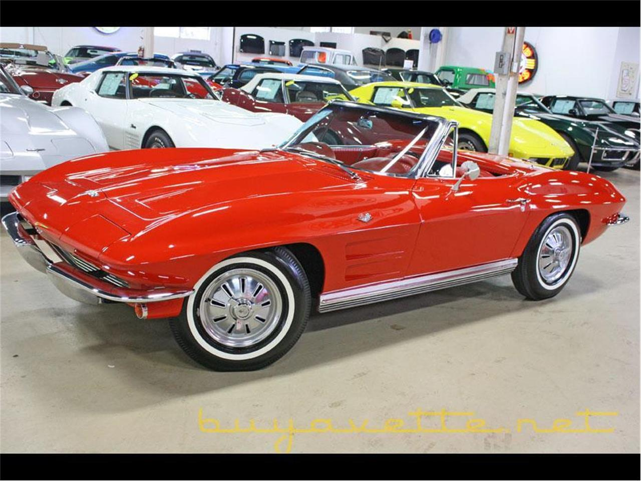 Large Picture of Classic 1964 Corvette - MOZG