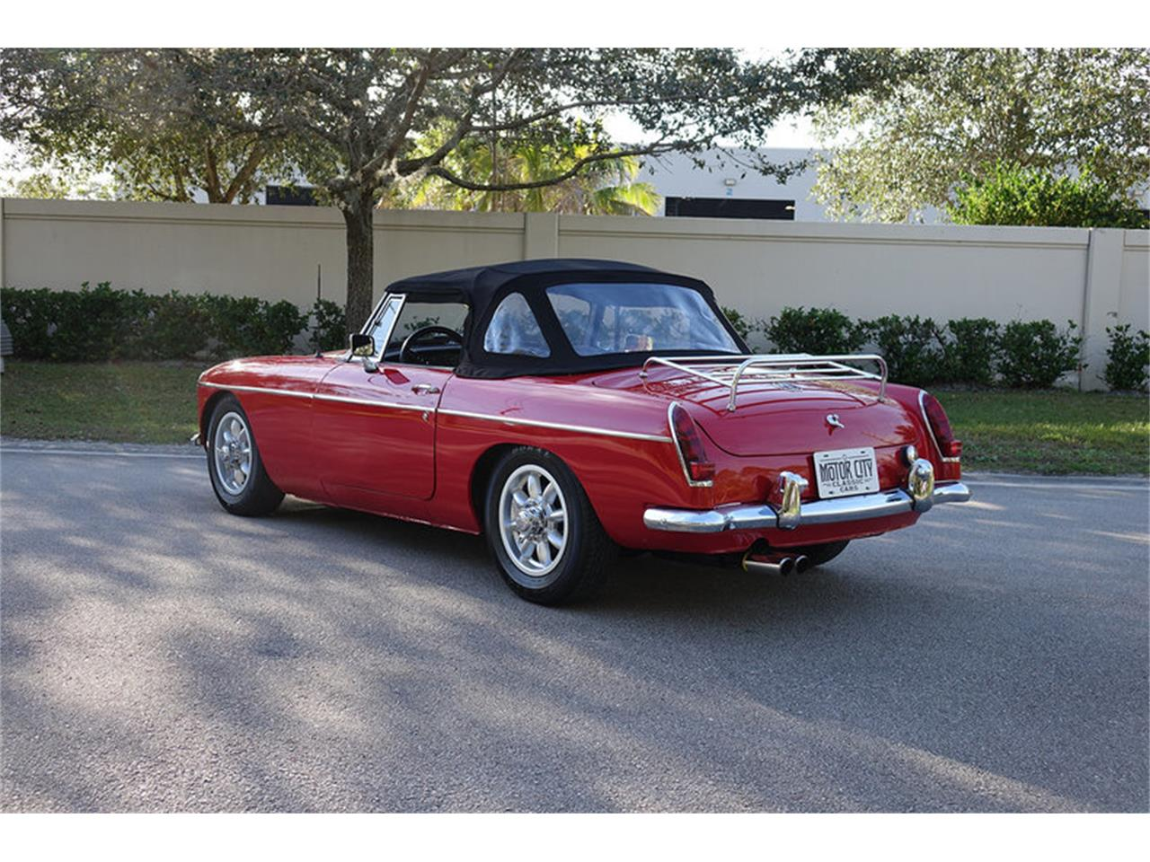 Large Picture of '66 MGB - MP0T