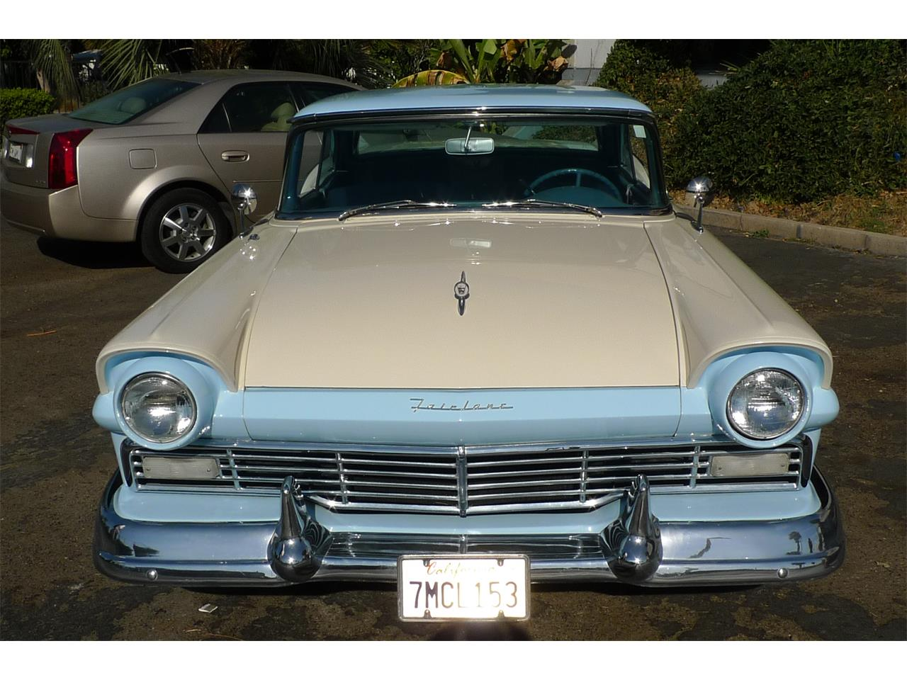 Large Picture of '57 Skyliner located in California - $29,975.00 - MIVW