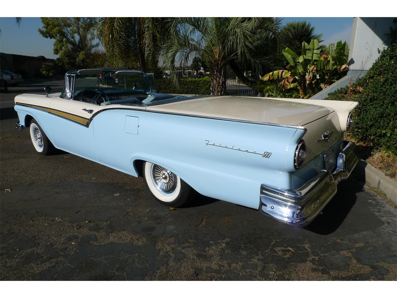 Large Picture of 1957 Ford Skyliner located in Anaheim California - MIVW
