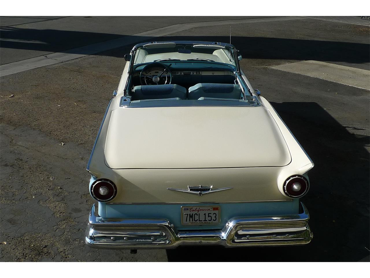 Large Picture of 1957 Ford Skyliner Offered by Coast Corvette - MIVW