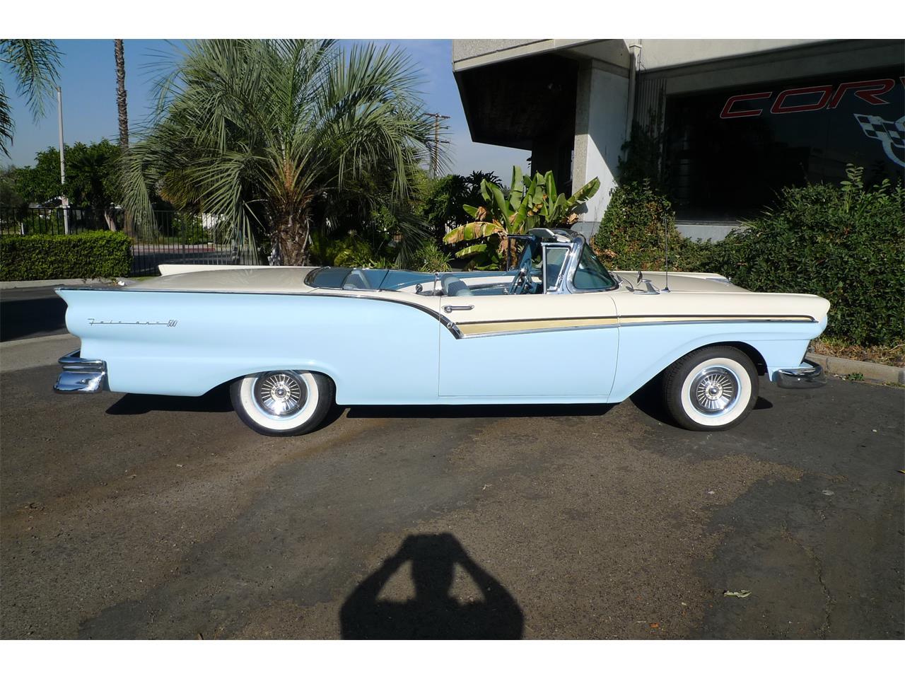 Large Picture of 1957 Skyliner - MIVW
