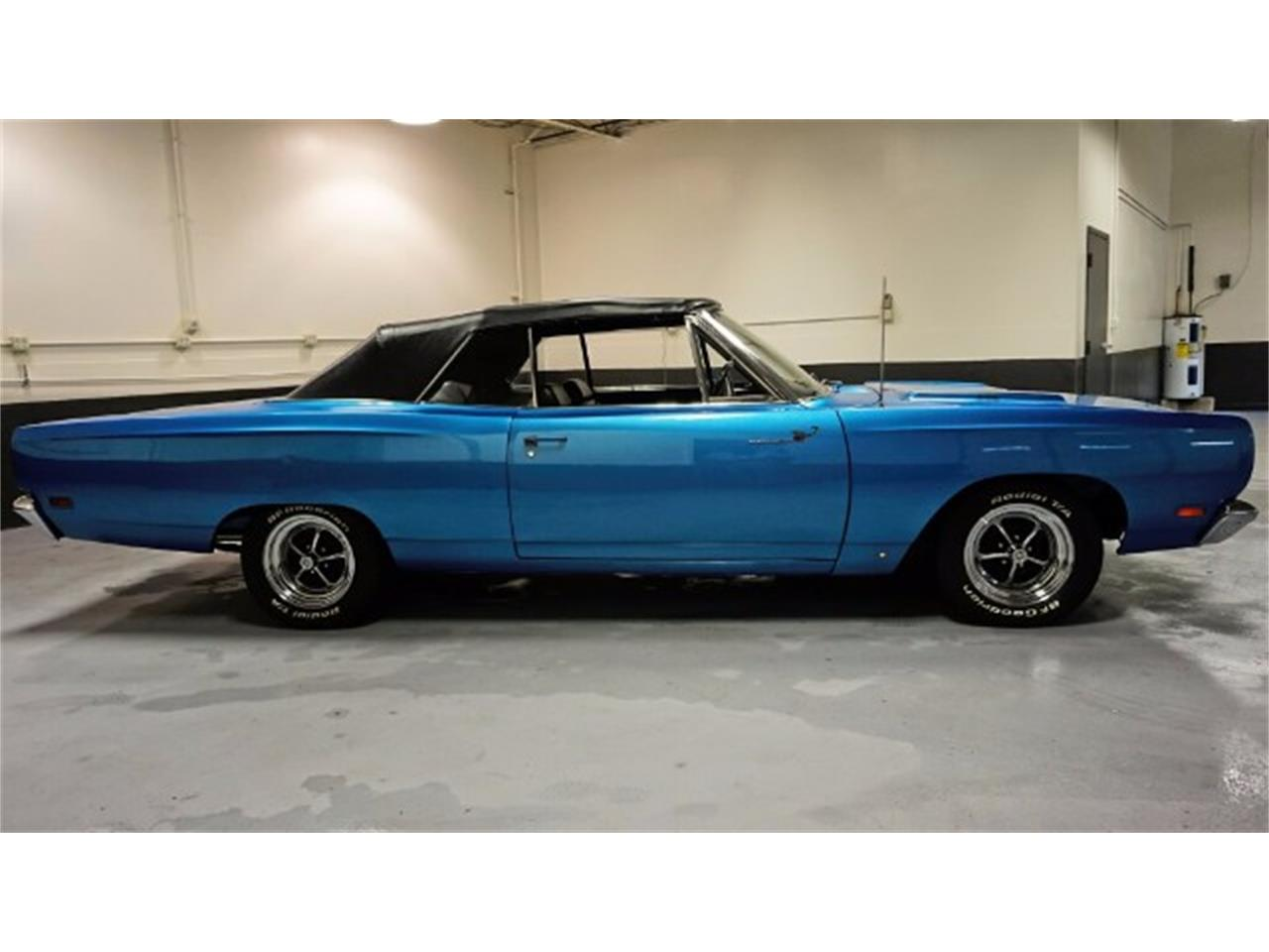 Large Picture of Classic 1969 Road Runner - MIX9