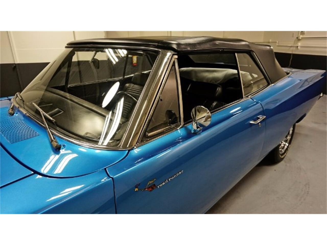 Large Picture of 1969 Road Runner - MIX9