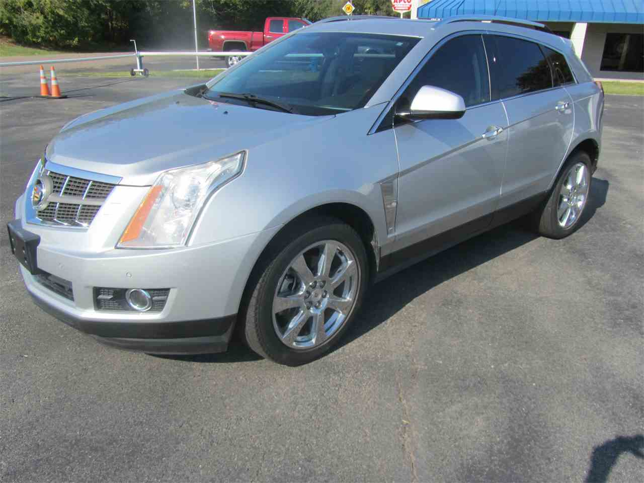 auto s today a luxury for srx cadillac alternative distinctive crossover news