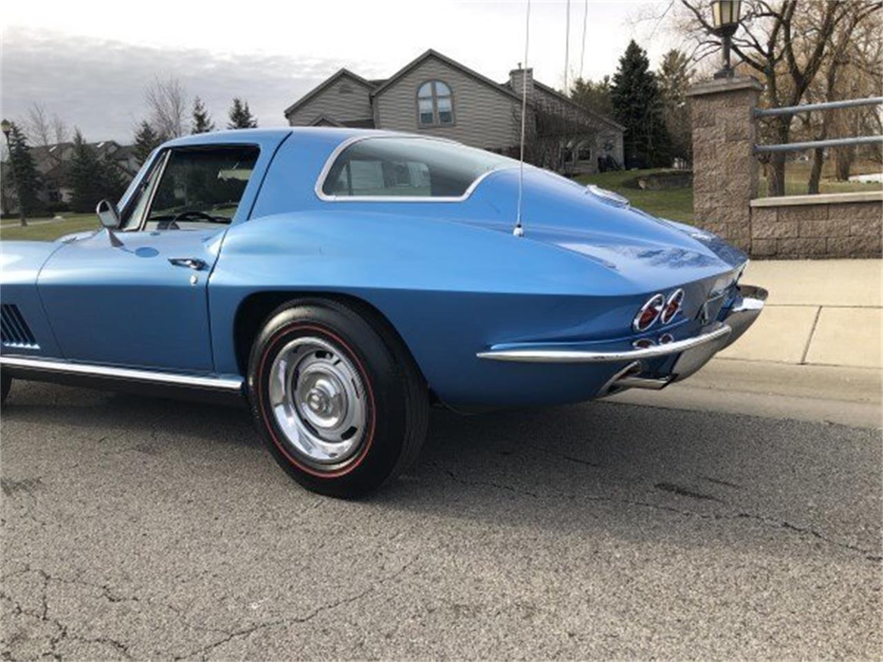 Large Picture of '67 Corvette - MPZC
