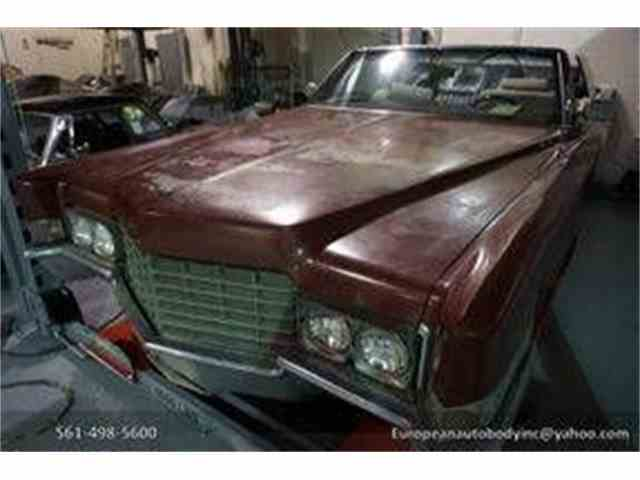 Picture of '69 Cadillac DeVille located in Florida Auction Vehicle - MQQD