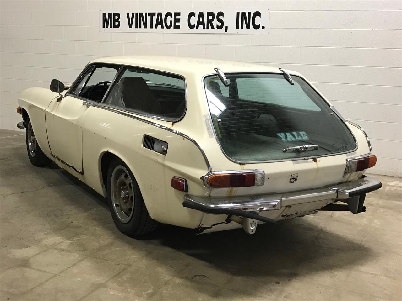 Large Picture of Classic 1972 Volvo P1800E Offered by MB Vintage Cars Inc - MR24