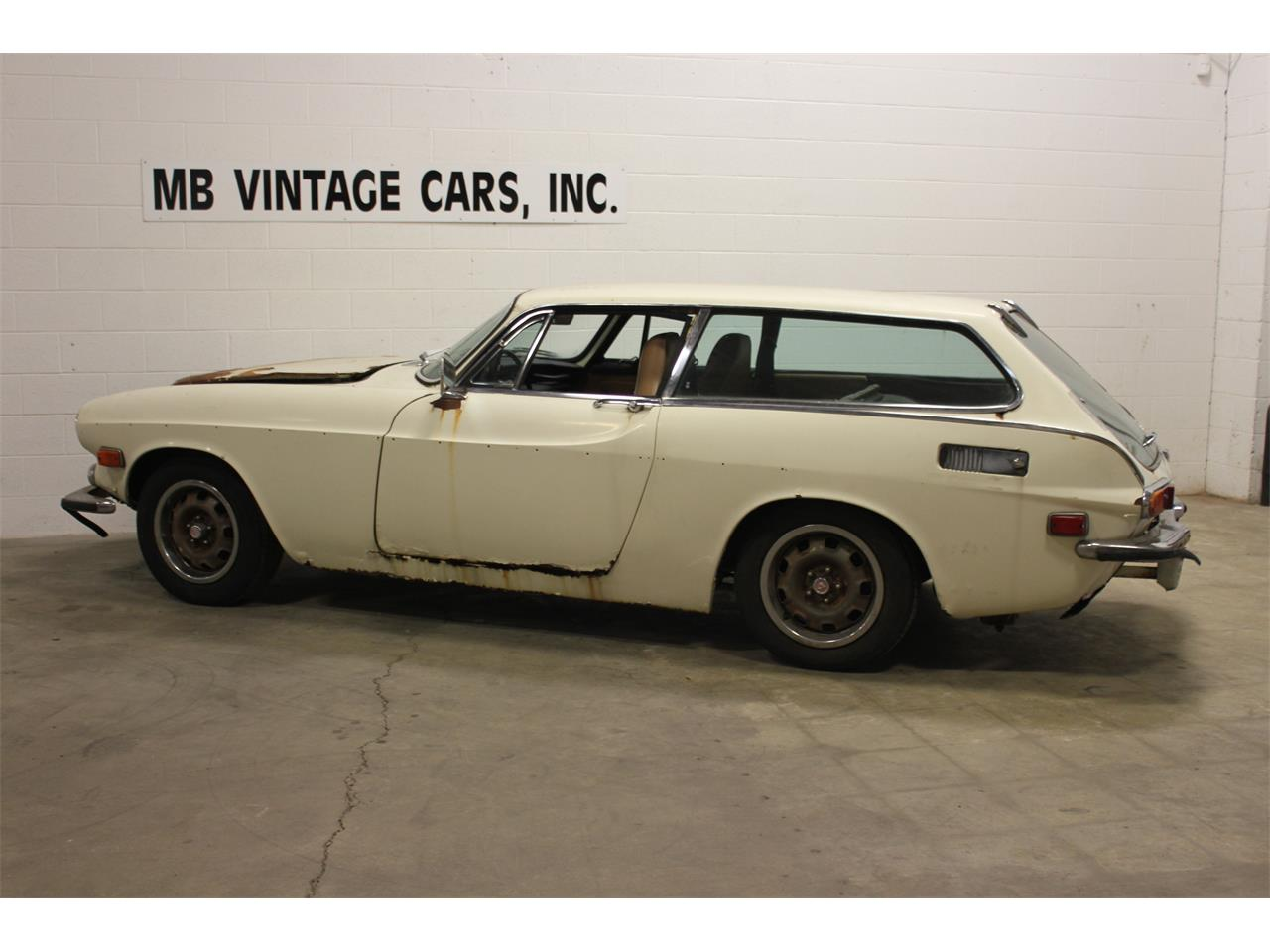 Large Picture of Classic 1972 Volvo P1800E - $7,950.00 Offered by MB Vintage Cars Inc - MR24