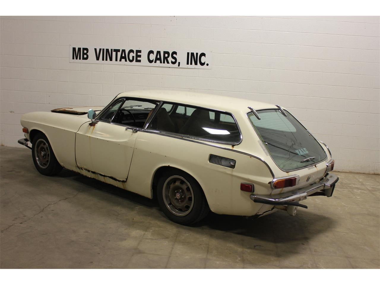 Large Picture of '72 Volvo P1800E Offered by MB Vintage Cars Inc - MR24