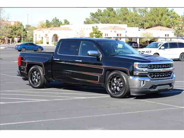 Picture of '17 Silverado  1500 Count's Kustoms Special Edition - MQ1G