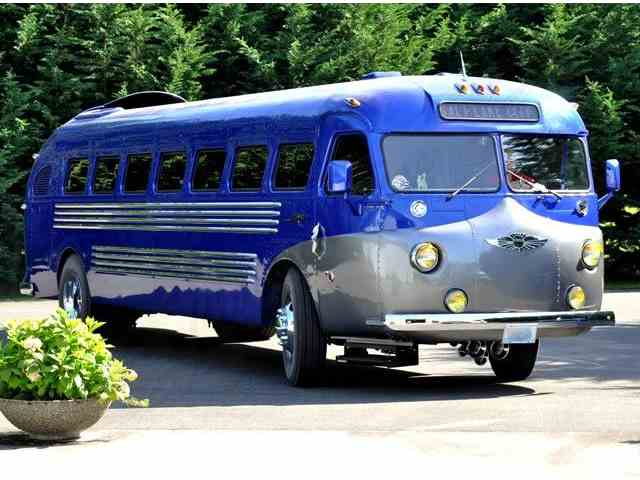 Picture of Classic '45 Flxible Bus Offered by Classical Gas Enterprises - MRM9