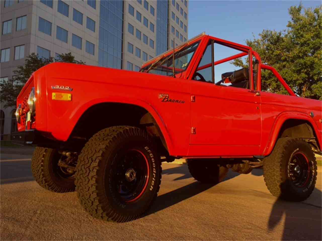 Large Picture of '74 Bronco - MRPH