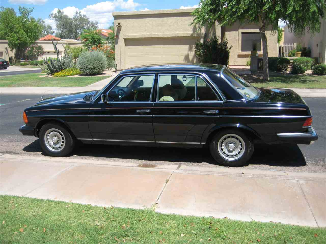 Large Picture of 1980 Mercedes-Benz 300D - $10,500.00 Offered by a Private Seller - MRS0