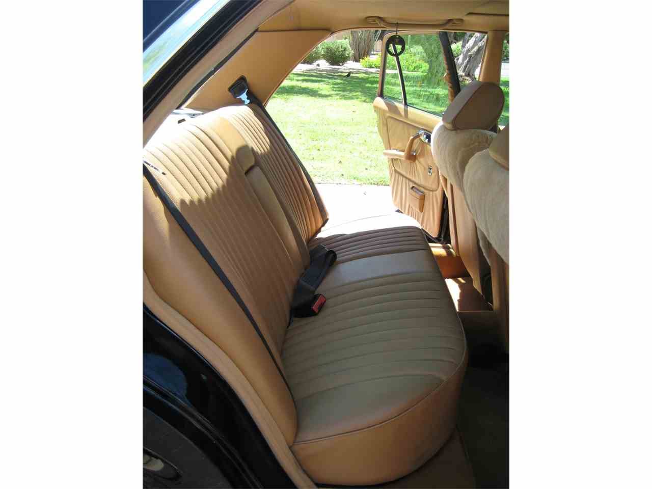Large Picture of '80 Mercedes-Benz 300D - $10,500.00 Offered by a Private Seller - MRS0