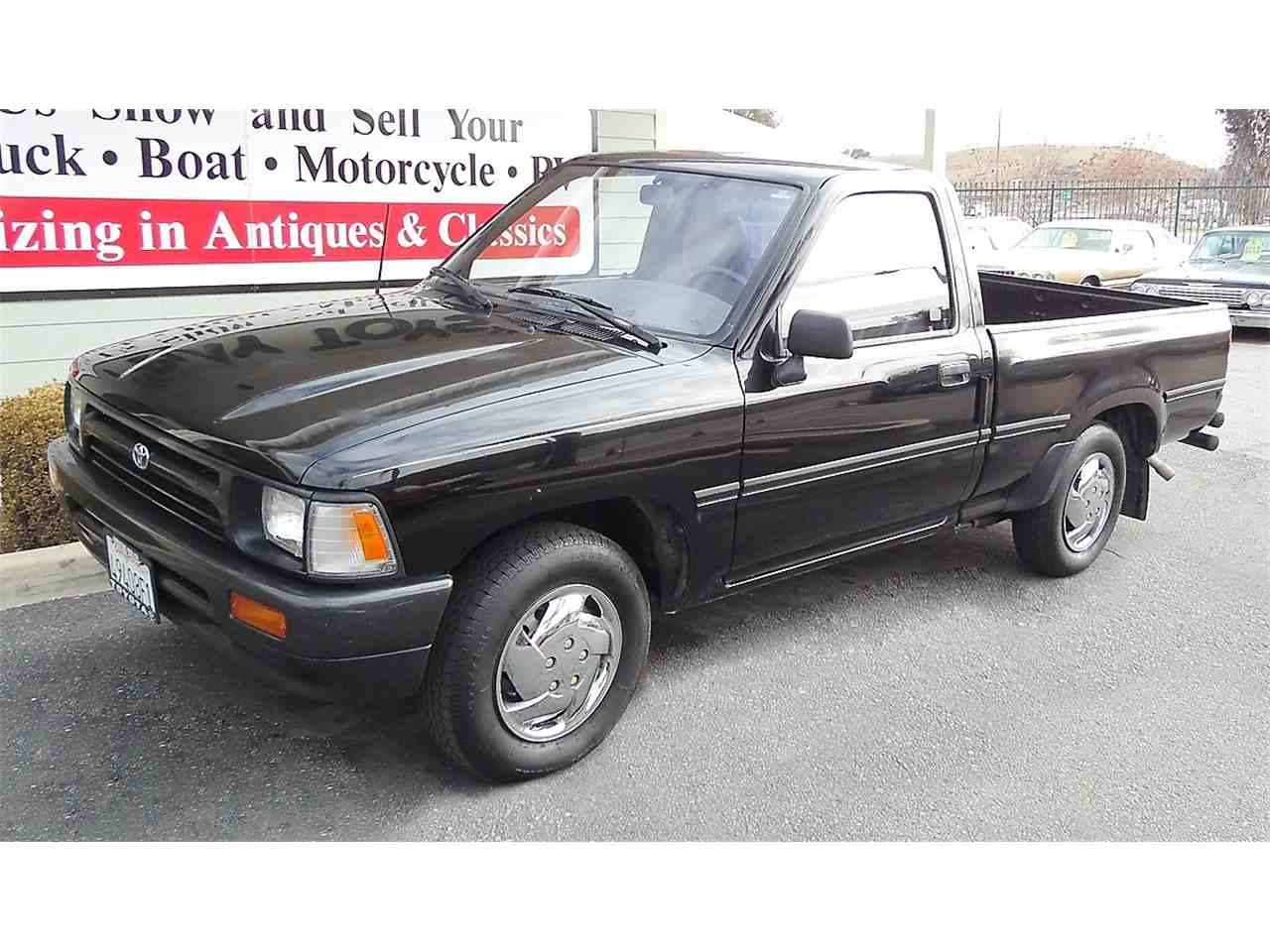 1992 toyota pickup for sale cc 1062989. Black Bedroom Furniture Sets. Home Design Ideas