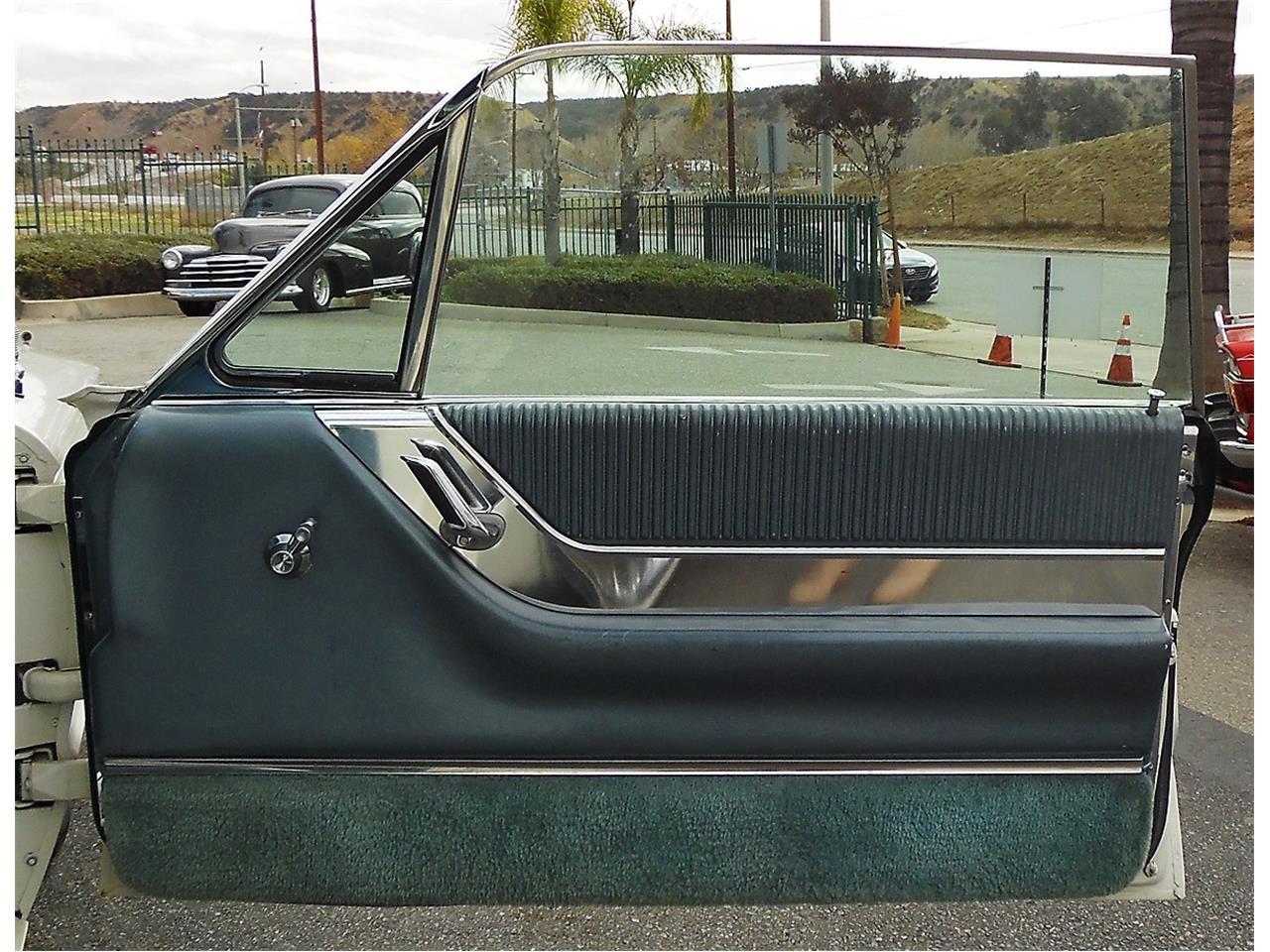 Large Picture of Classic 1964 Ford Thunderbird located in Redlands California - $10,995.00 - MS7L