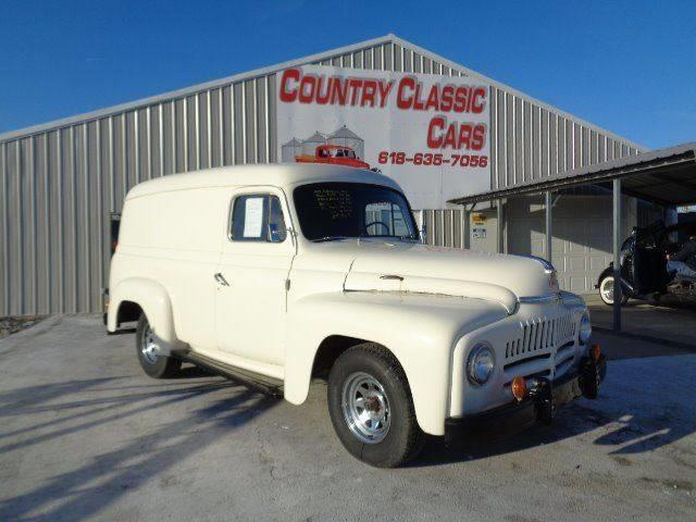 Picture of Classic 1952 International Panel Truck located in Staunton Illinois - $9,750.00 - MSCW
