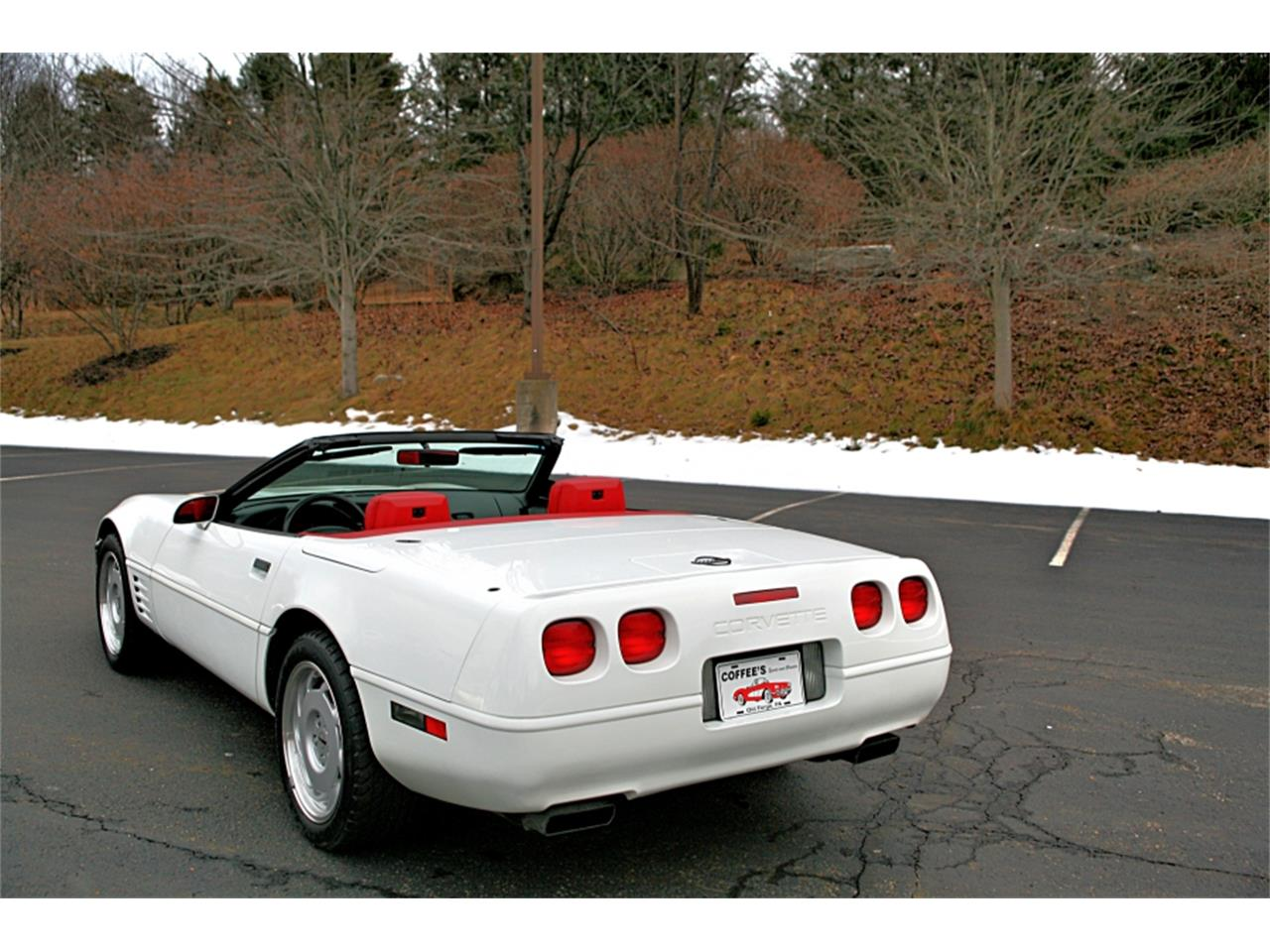 Large Picture of 1992 Chevrolet Corvette located in Pennsylvania - $19,900.00 Offered by Coffee's Sports and Classics - MSGH