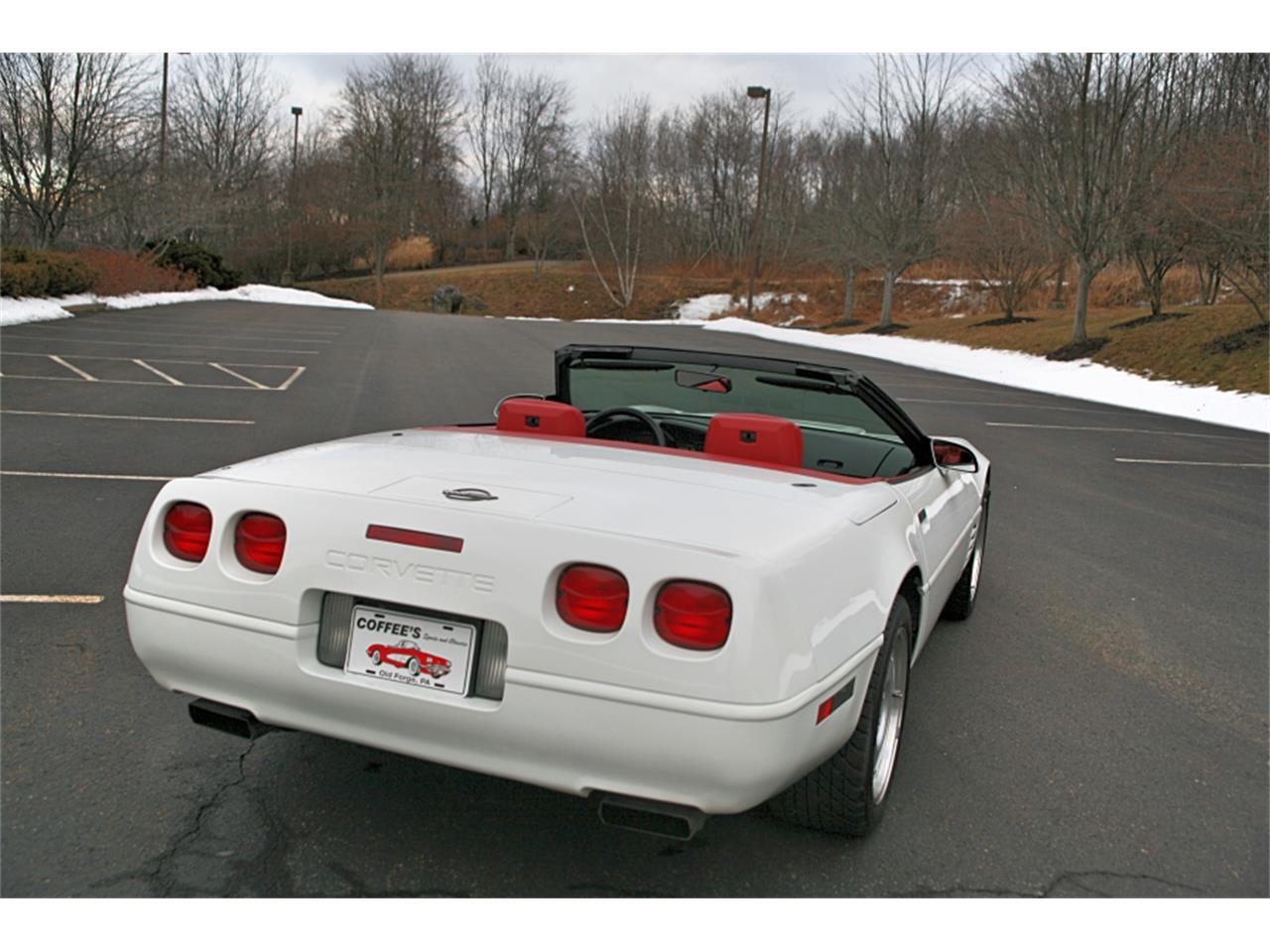 Large Picture of 1992 Chevrolet Corvette located in Pennsylvania Offered by Coffee's Sports and Classics - MSGH