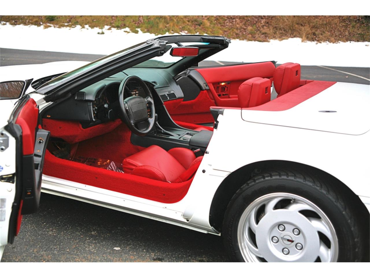 Large Picture of '92 Corvette located in Pennsylvania - MSGH