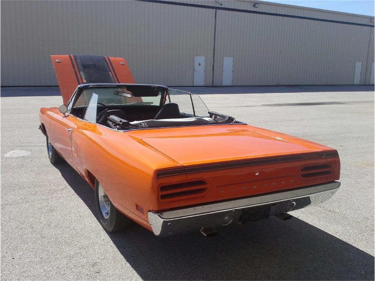 Large Picture of Classic '70 Road Runner Convertible Auction Vehicle Offered by Premier Auction Group - MSSF