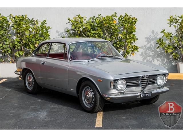 Picture of Classic 1967 Alfa Romeo Sprint Veloce located in Miami Florida - $86,000.00 - MSSX