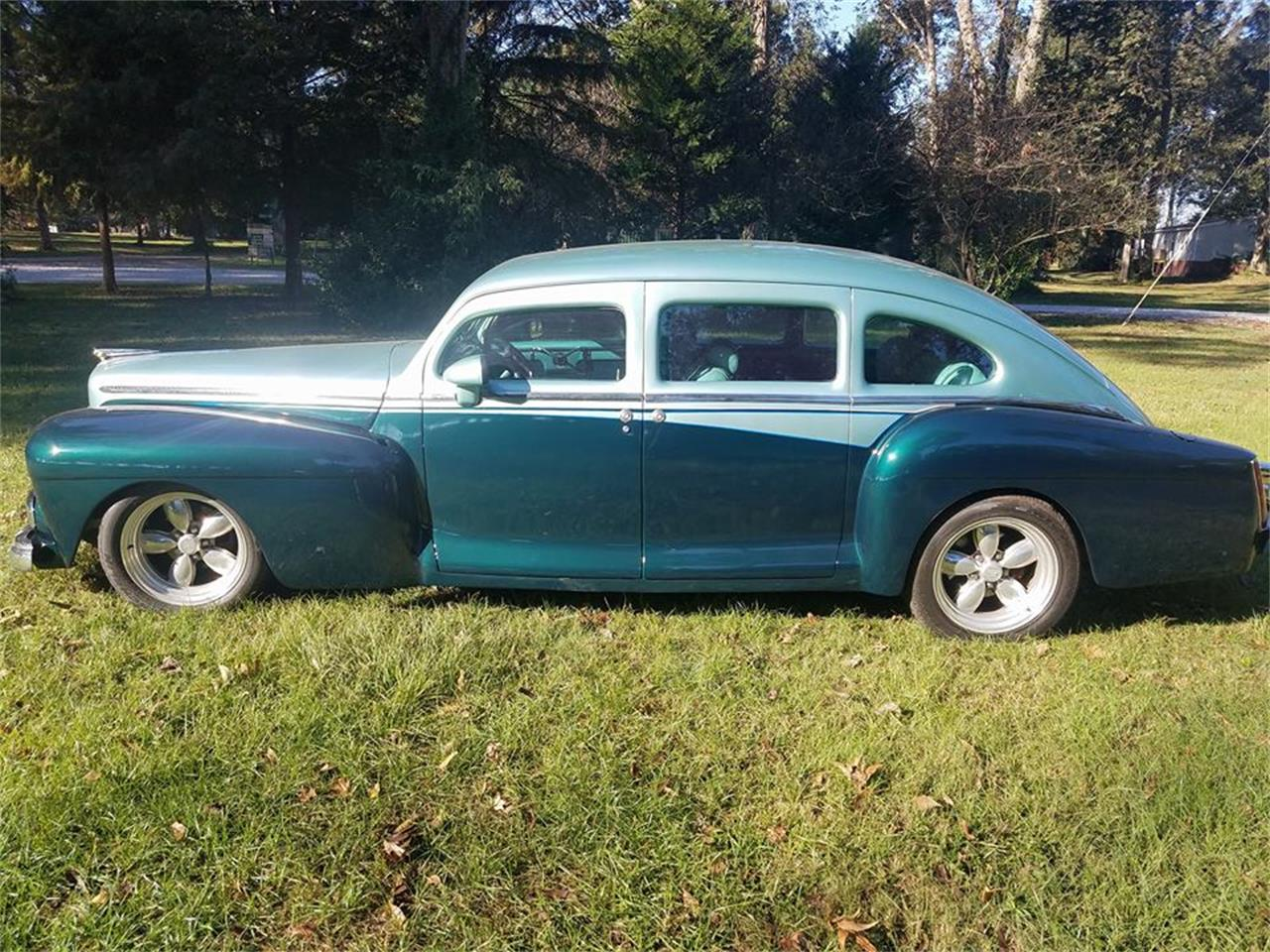 Large Picture of '47 Lincoln Sedan - MTB6