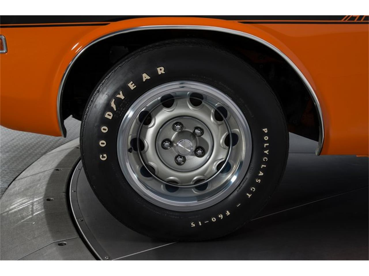Large Picture of '70 Challenger R/T - MTCW