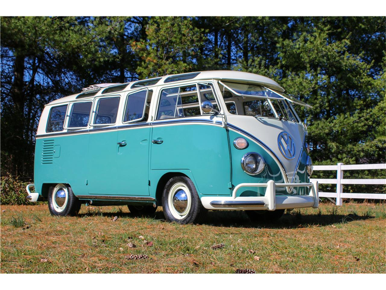 Large Picture of Classic 1966 Volkswagen Bus - MTIL