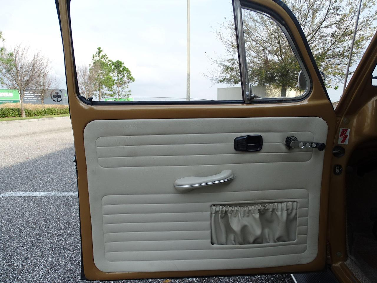 Large Picture of Classic 1967 Volkswagen Beetle - MTLL