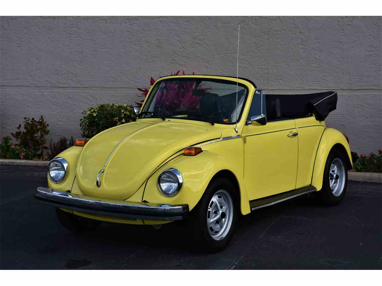 Large Picture of '74 Volkswagen Beetle located in Venice Florida - MTQ8