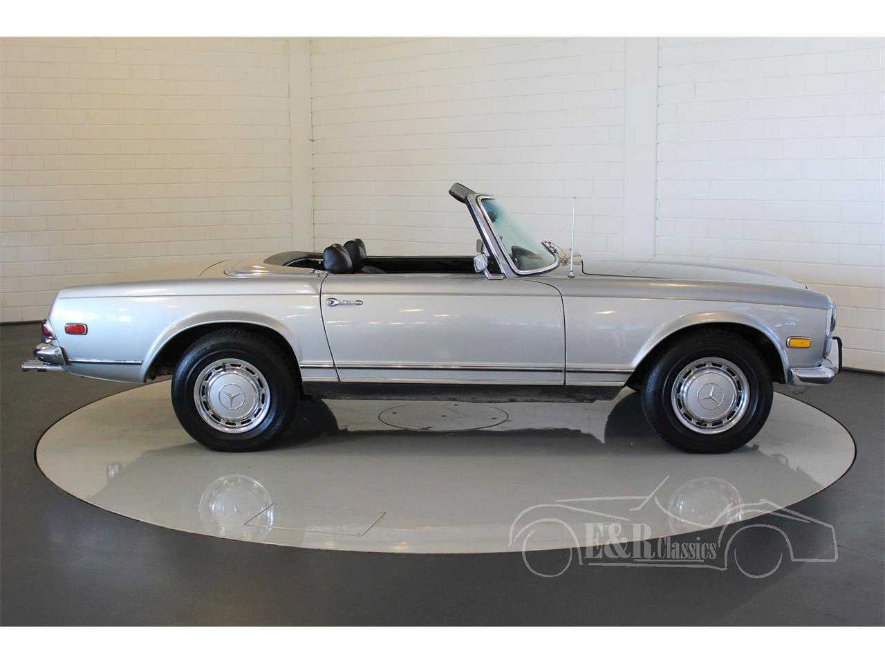 Large Picture of Classic 1969 Mercedes-Benz 280SL - $104,800.00 Offered by E & R Classics - MU5M
