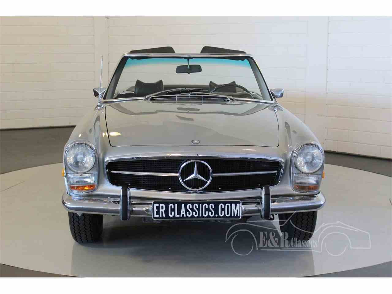 Large Picture of Classic '69 280SL located in Waalwijk Noord Brabant Offered by E & R Classics - MU5M