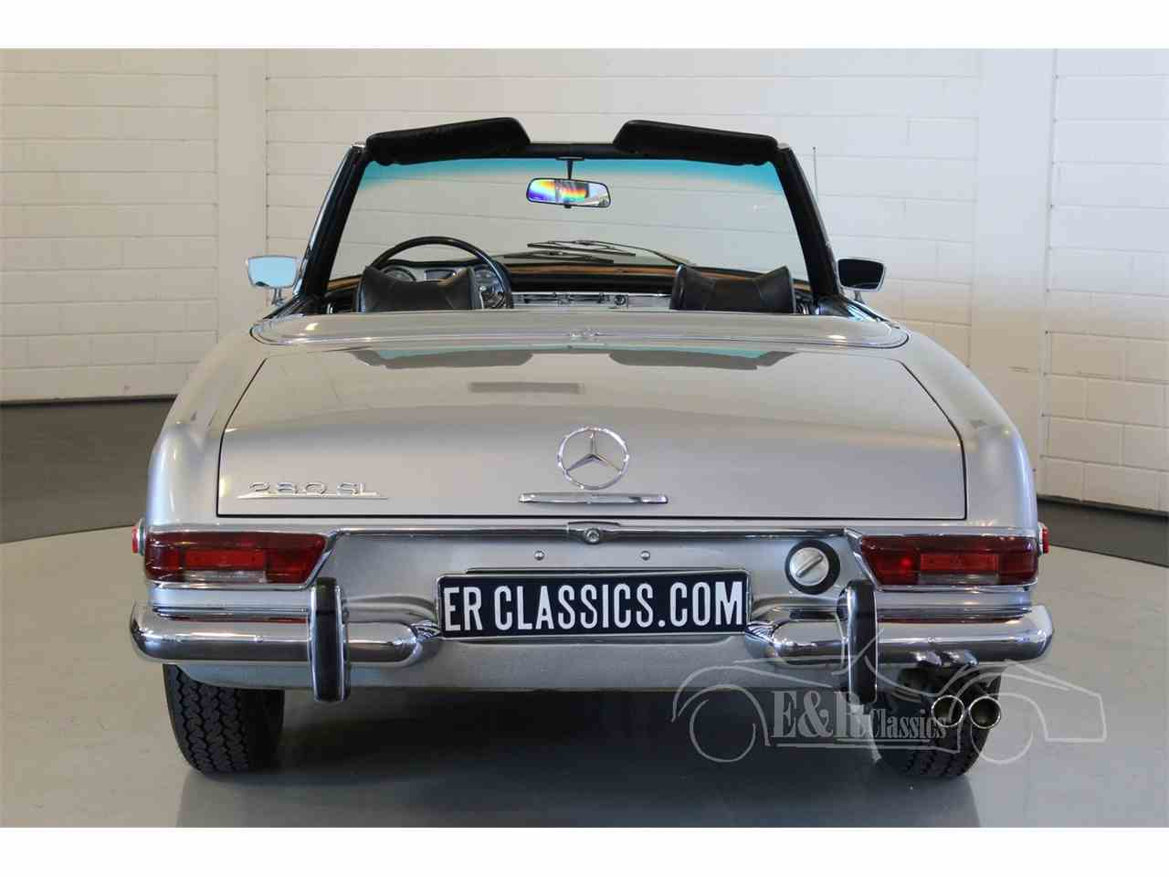 Large Picture of '69 Mercedes-Benz 280SL located in Noord Brabant - $104,800.00 Offered by E & R Classics - MU5M