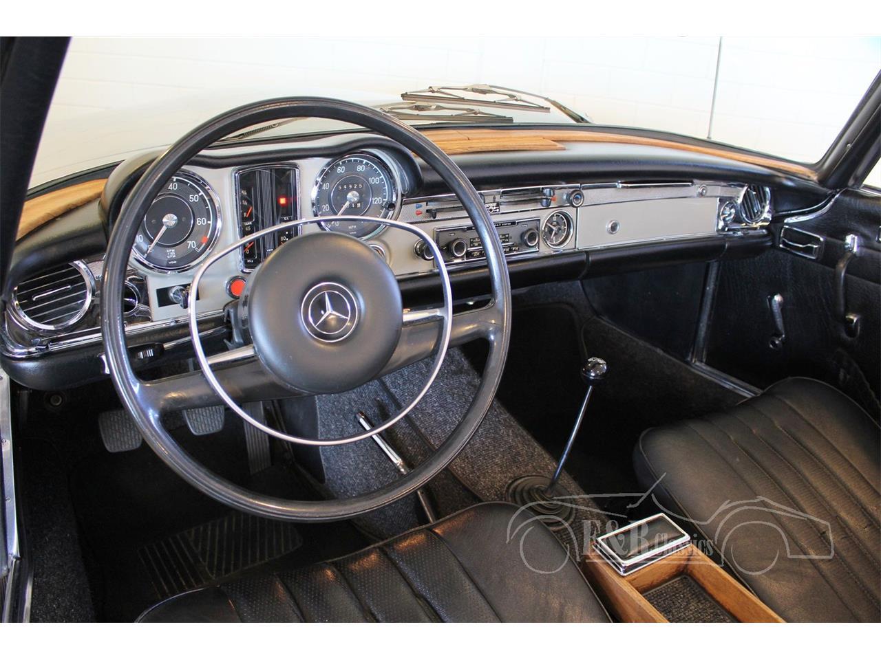 Large Picture of Classic '69 Mercedes-Benz 280SL - $104,800.00 - MU5M