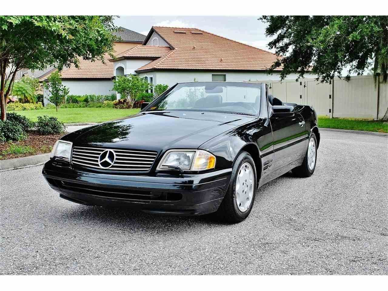 Large Picture of '97 500SL located in Florida Offered by Carlisle Auctions - MUD5
