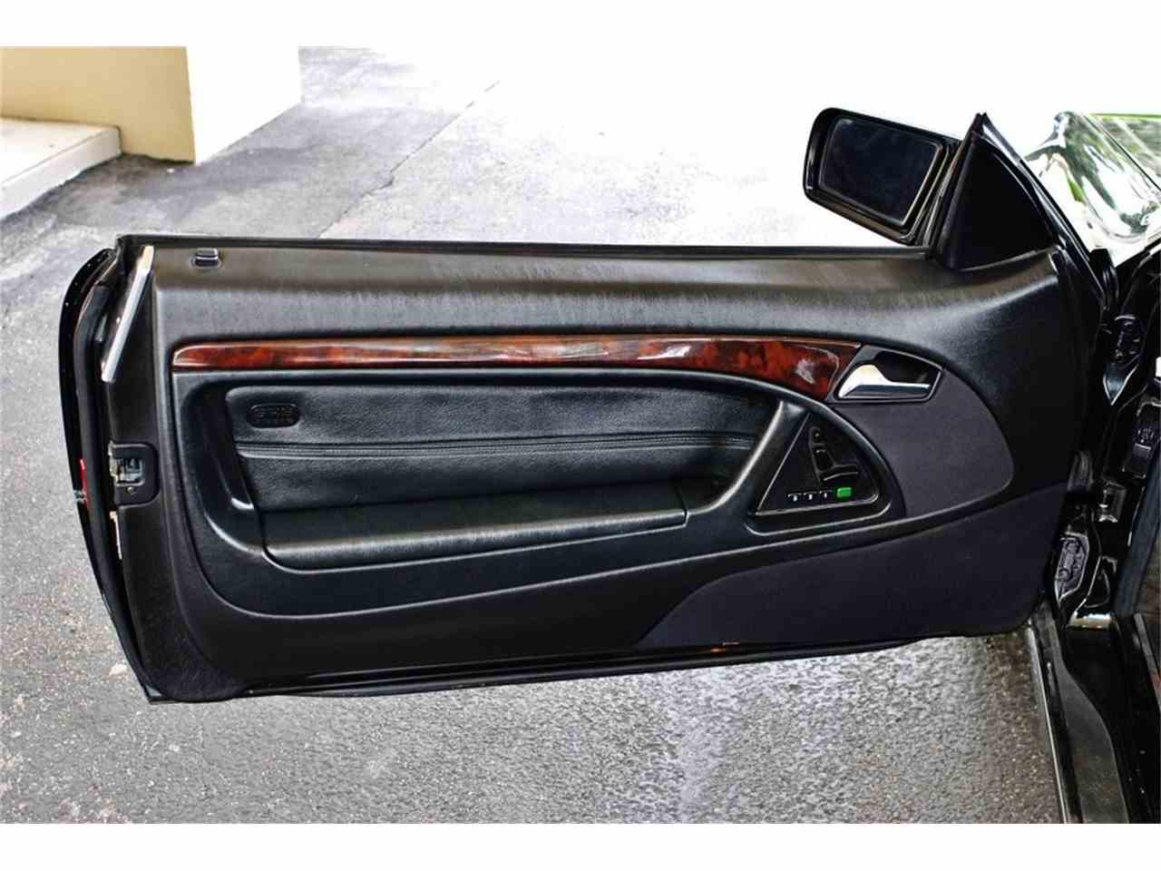 Large Picture of '97 Mercedes-Benz 500SL located in Lakeland Florida Auction Vehicle - MUD5