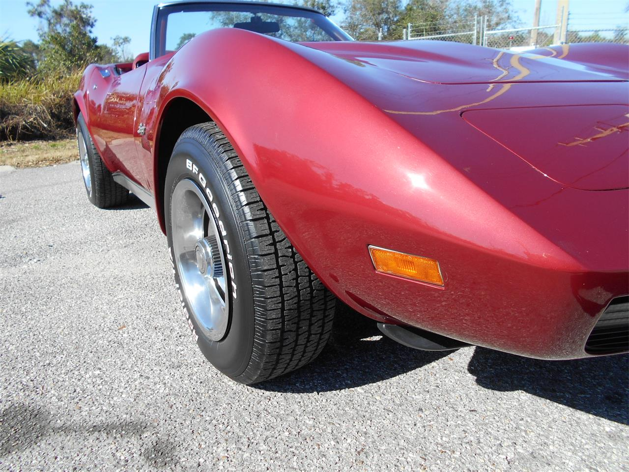 Large Picture of '75 Corvette located in Apopka Florida - MUDY